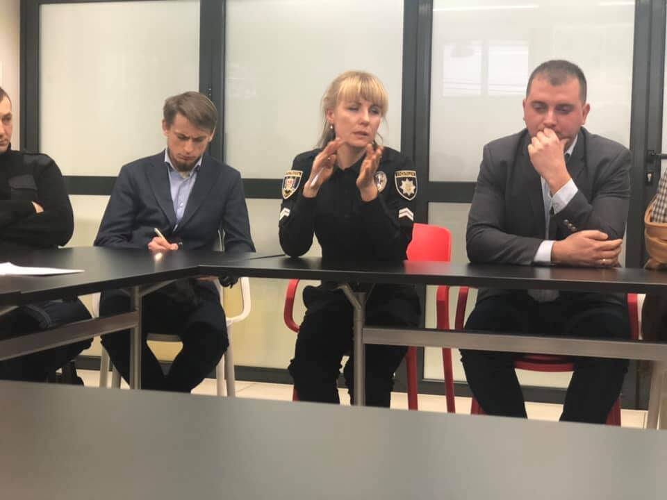"Round table: ""Let's stop the drug abuse in our city"""